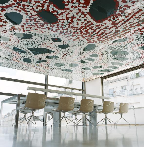 MQB. Le bâtiment Université. Art aborigène.Tommy Watson.