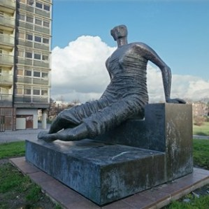 Henry Moore. (Old Flo.