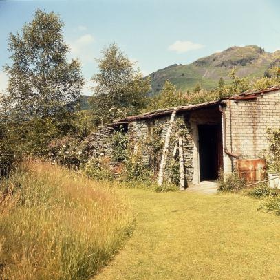 1-merz-barn-1950s