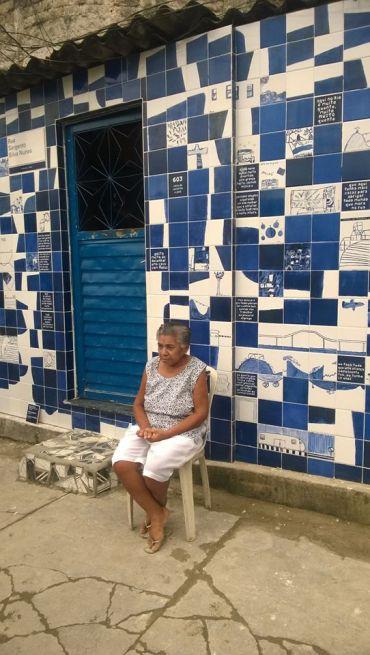 Complexo Da Maré - Nova Holanda. 22