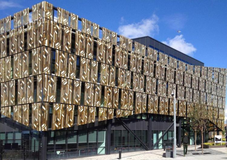 1.facade-a3
