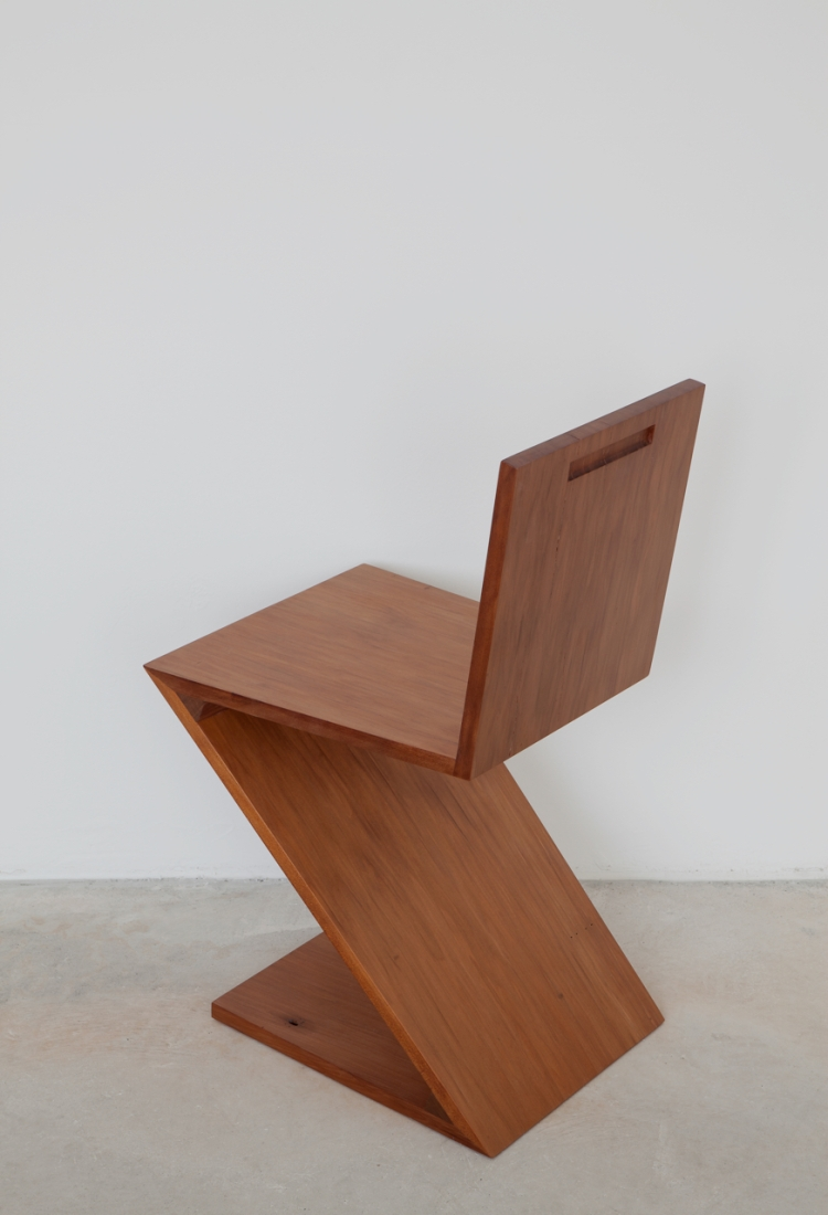 Simon Starling, A Zig-Zag Chair