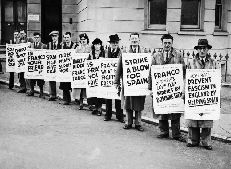 Antifascist street parade at Eastbourne (England), 29 April 1938
