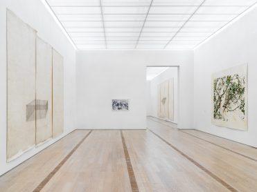 Resonating Spaces. Toba Khedoori. Fondation Beyeler, Riehen / Basel, 2019. Photo: Stefan Altenburger. Courtesy: the artist and Fondation Beyeler